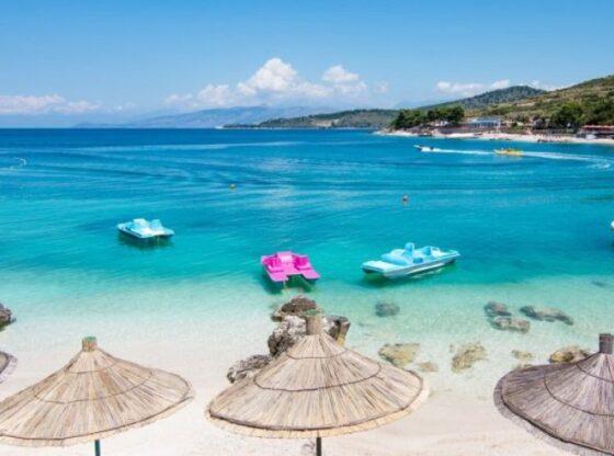 plazhet1 560x416 - Pushimet verore në Shqipëri, 10 vendet më tërheqëse