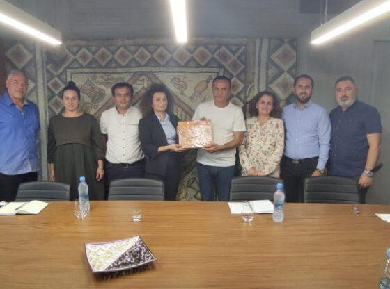 SELFO 910x4201 1 560x416 - Pogradec-Ferizaj / Bashkëpunimi mes dy qyteteve impakt në zhvillimin ekonomik dhe kulturor