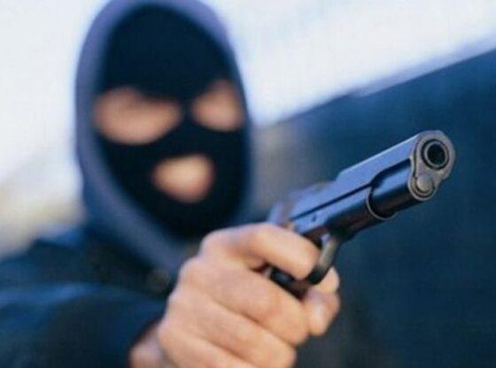 auto Plackitje16011144391 560x416 - Nën kërcënimin e armës plaçkitet një person në Ferizaj