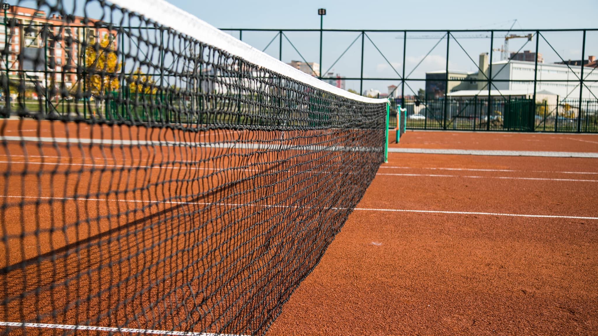 123049032 3522339291145214 7496821371857212664 o1 - Përurohet fusha e tenisit dhe vihet gurthemeli i Qendrës Multifunksionale në Ferizaj
