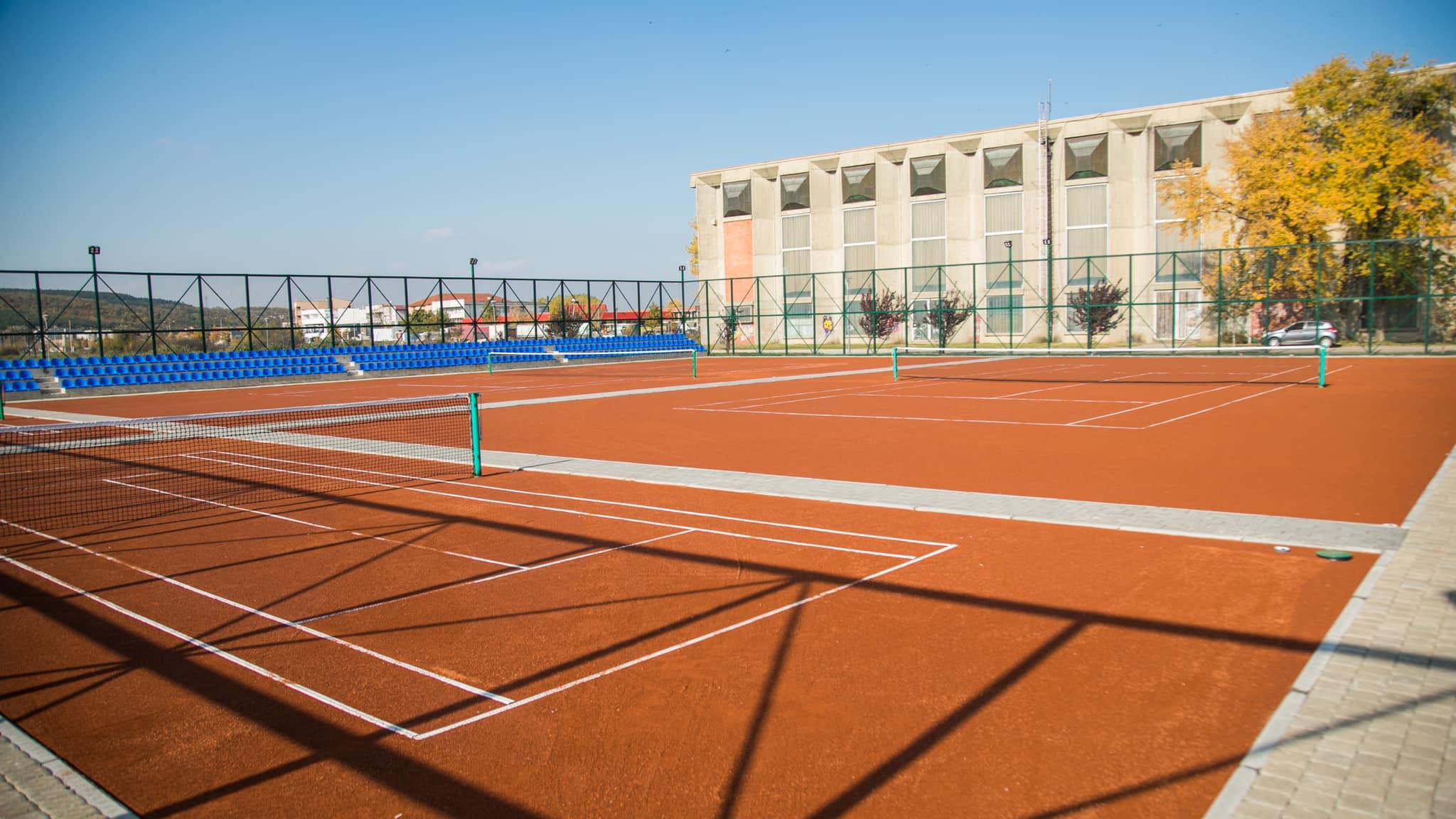 123253451 3522340521145091 49299517643658426 o1 - Përurohet fusha e tenisit dhe vihet gurthemeli i Qendrës Multifunksionale në Ferizaj