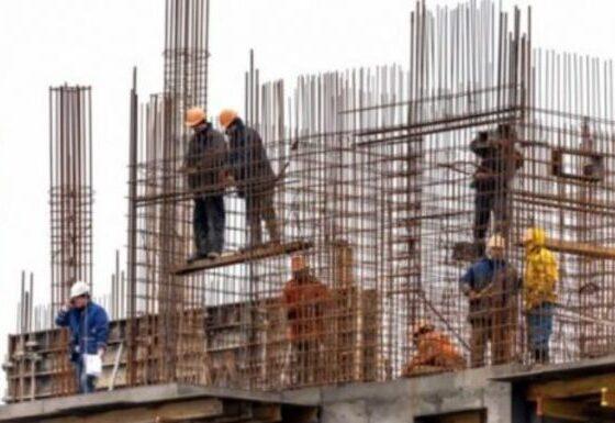 w 55 560x385 - Nuk ua jep pagën, 4 punëtorë ia marrin shefit kamionin e punës dhe materiale të tjera