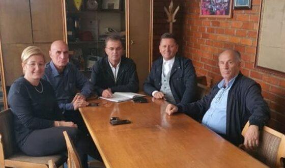 """w 57 560x330 - Ismet Shamolli u zgjodh kryetar i ri i klubit të hendbollit """"Katrioti"""" nga Ferizaj, shtatë herë kampion i Kosovës"""