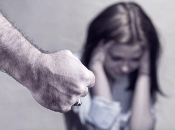 w 62 560x416 - Ushtroi dhunë në familje, Gjykata e dërgon ferezajasin për ekzaminim psikiatrik