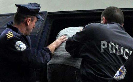 w 7 560x347 - Arrestohet i mituri në Ferizaj, dyshohet për vjedhje të rëndë