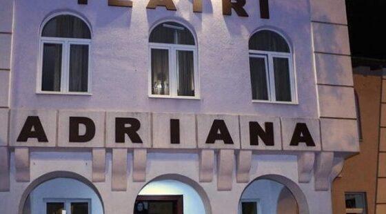 w 24 560x310 - Besim Ugzmajli: Mes datave 25 dhe 28 dhjetor jepet premiera e radhës në Teatrin 'Adriana'
