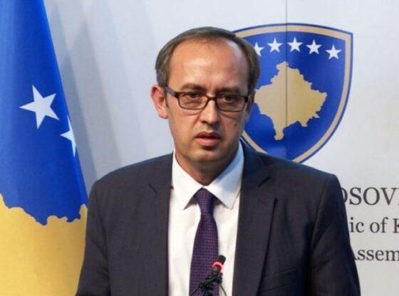 w 30 560x416 - Kryeministri Hoti komenton situatën me Covid-19, tregon prioritetet për javët në vijim