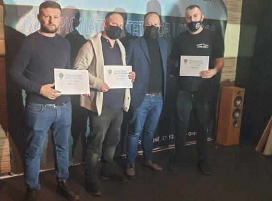 w 71 560x414 - Kameraj dhe Terpeza kampionët e parë zyrtarë të Kosovës në pikado