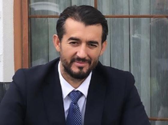 w 9 560x416 - Labinot Tahiri reagon për shpërthimin në Ferizaj: Lutuni për shpëtimin e të lënduarve