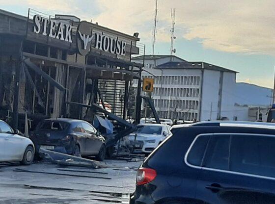 w 10 560x416 - Pamje të tmerrshme nga shpërthimi i bombolës së gazit në Ferizaj
