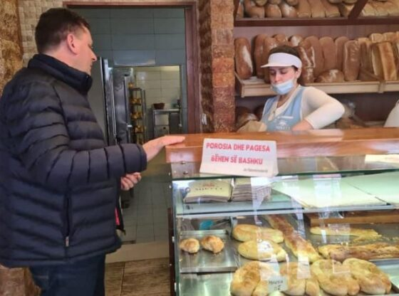 w 115 560x416 - Abazi i PDK'së: Furra Mikeli është simbol i humanizmit në Ferizaj