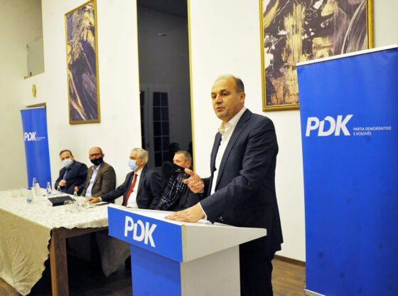 w 44 560x416 - Hoxhaj në Ferizaj: Do të bëjmë çmos për rimëkëmbjen politike e ekonomike të vendit