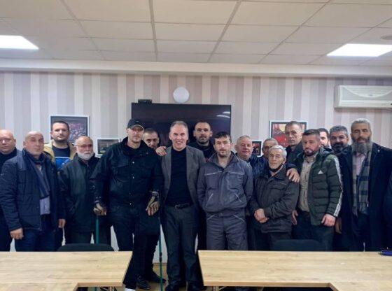 w 70 560x416 - Limaj merr mbështetjen e bashkëluftëtarëve nga Ferizaj dhe Lipjani