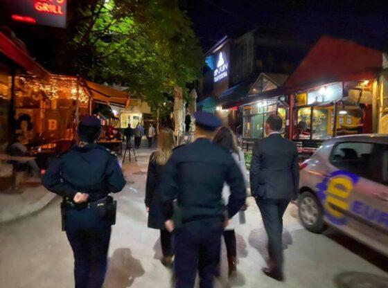 w 15 560x416 - Kërcënohen e pengohen në kryerjen e detyrës inspektorët sanitar në Ferizaj