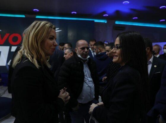w 9 560x416 - Ermira Vllasaliu merr mbështetje nga Ferizaj dhe Kaçaniku