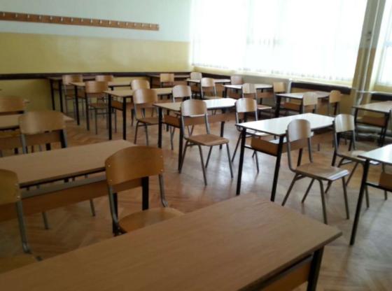 shkolla1 560x416 - Merret vendimi, nxënësit e këtyre klasave kthehen në shkolla nga java e ardhshme