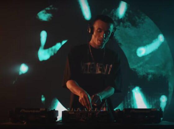 dj regard1 560x416 - Fantastike! DJ Regard nga Ferizaj performon në 'The Tonight Show' të Jimmy Fallon