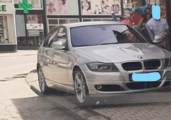 1 13 696x392 1 560x392 - Parkoi veturën në trotuar, dënohet nga policia një qytetar në Ferizaj