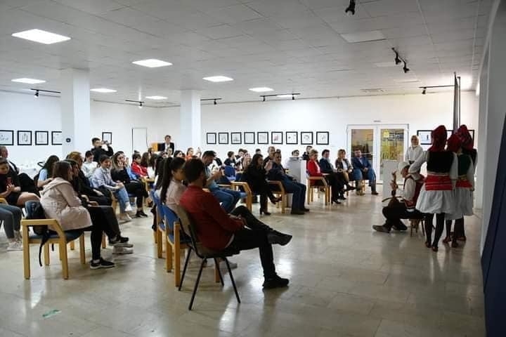 194278675 4134320809947056 6638241585372893508 n1 - Aktivitete të shumta po mbahen në kuadër të Ditëve të Kulturës në Ferizajt