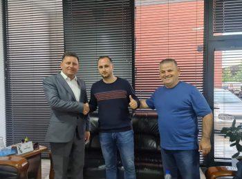 196808142 4734625776554695 2317522397616369804 n1 350x260 - Zyrtare: Klubi i Ferizajt emëron trajnerin e ri