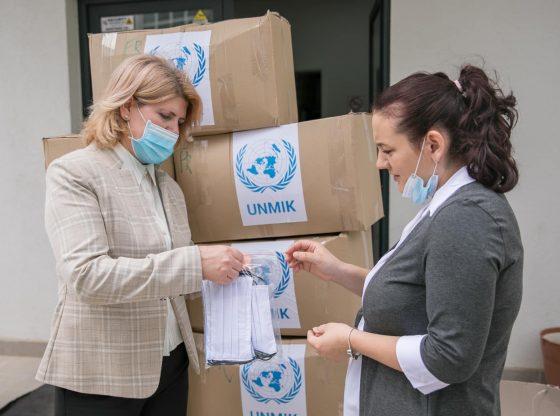 200553286 4172771939435276 6449991397915883022 n 560x416 - QKMF pranoi 10,000 maska donacion nga Misioni i Kombeve të Bashkuara në Kosovë