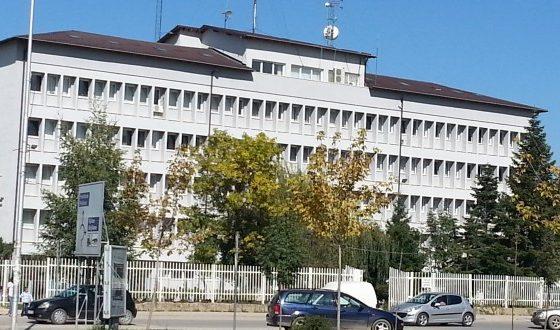 ferizaj policia1 560x330 - Policia e arreston lypësin 83 vjeçar në Ferizaj, iu gjetën 1150 euro