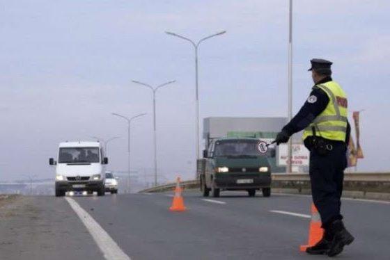 unnamed 3 501 560x374 - Falsifikon numrin e 'shasisë', ferizajasit i konfiskohet vetura