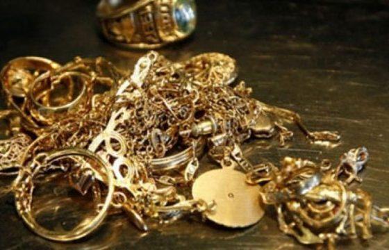 ari 21 560x360 - Vidhen para e stoli ari në një shtëpi në Ferizaj