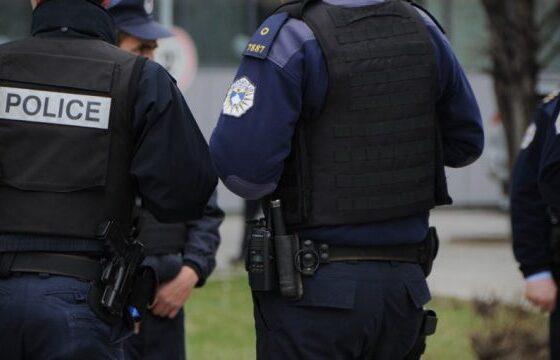 policiaa 4785 600x360 11 560x360 - Arrestohet personi i kërkuar për vjedhje të pyjeve në rajonin e Ferizajt